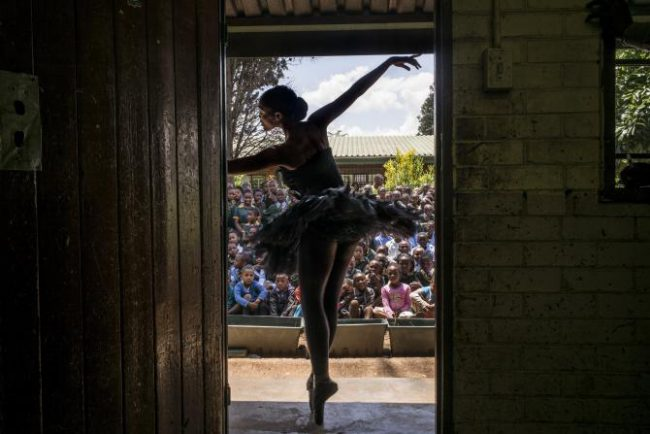 457301162-senior-soloist-of-the-joburg-ballet-kitty-phetla.jpg.CROP.rtstoryvar-large